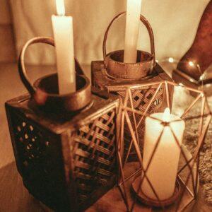 Lysestager og lanterner